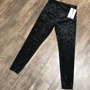 DKNY sport velour leggings size Medium